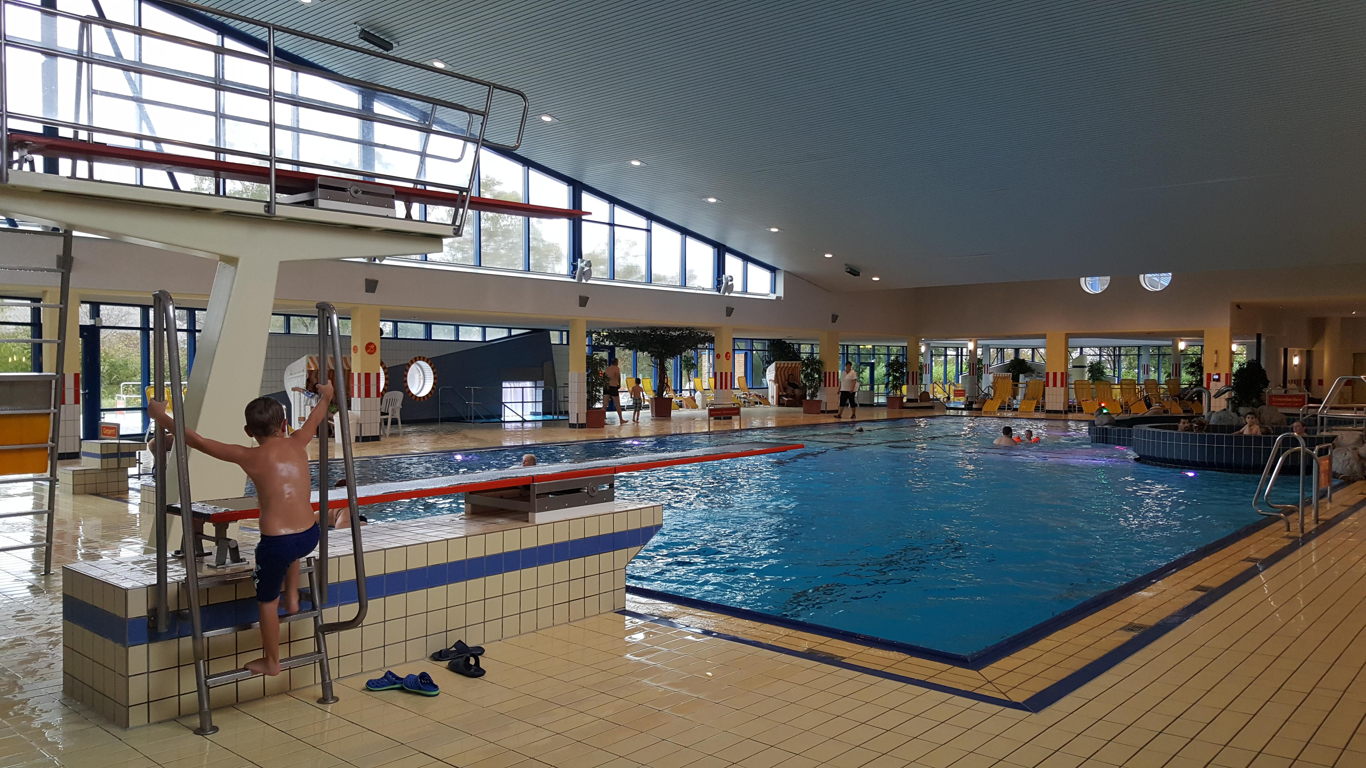 Bad 1 Bremerhaven - Badeerlebnis für die ganze Familie